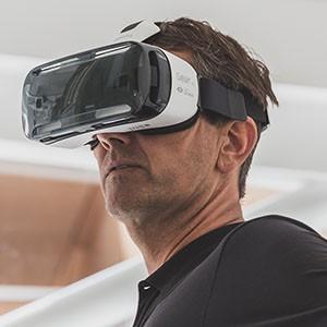 VR-samsung - shtrstock